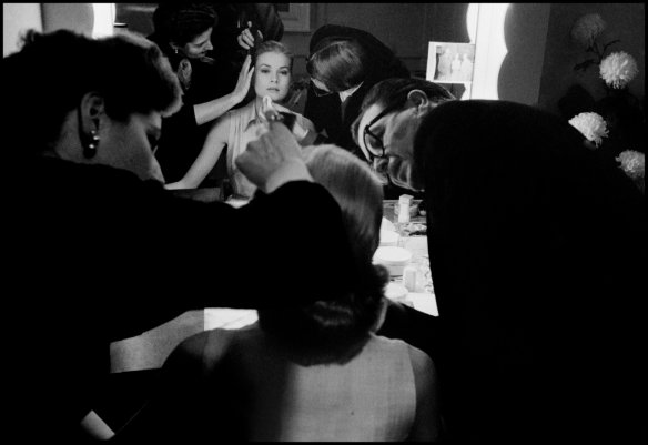 "Dennis Stock Grace Kelly in her dressing room trailer during the making of the film "" High Society"" directed by Charles Walters. Hollywood. USA. 1956. © Dennis Stock 